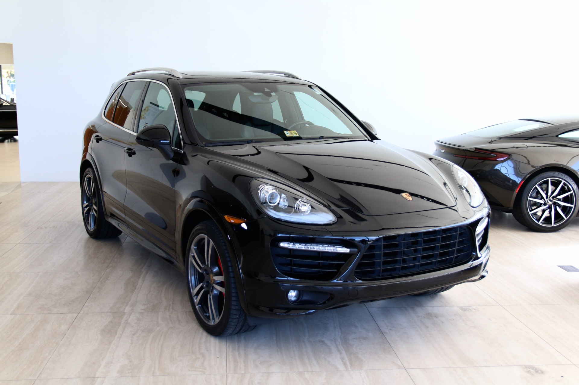 2014 porsche cayenne gts stock pla77687 for sale near vienna va va porsche dealer for sale. Black Bedroom Furniture Sets. Home Design Ideas