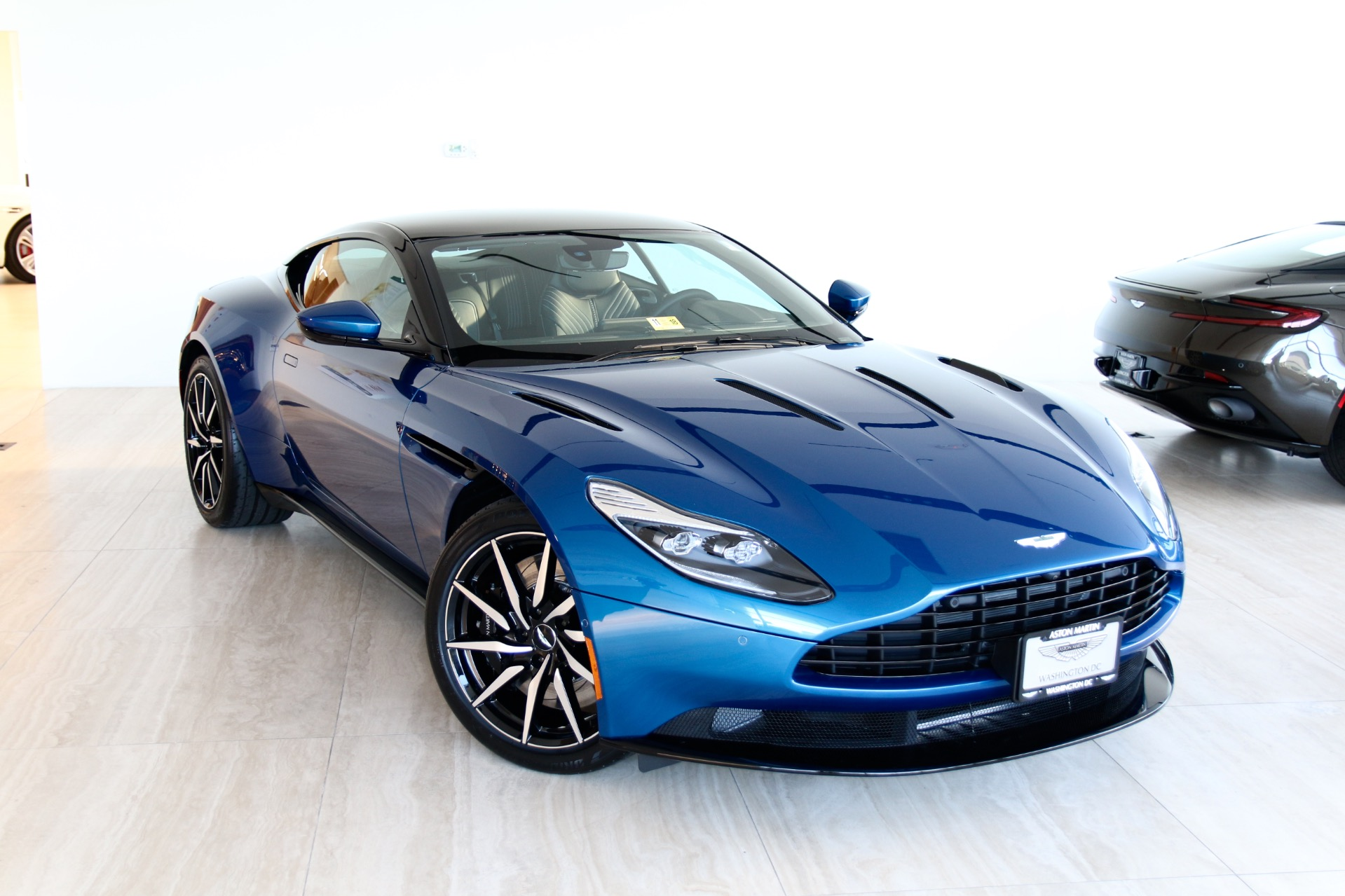 2018 Aston Martin Db11 V12 Stock 8n03312 For Sale Near