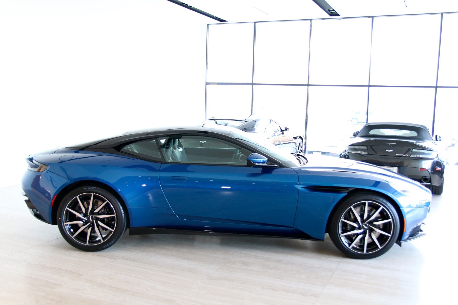 2018 Aston Martin Db11 V12 Stock 8n03312 For Sale Near Vienna Va