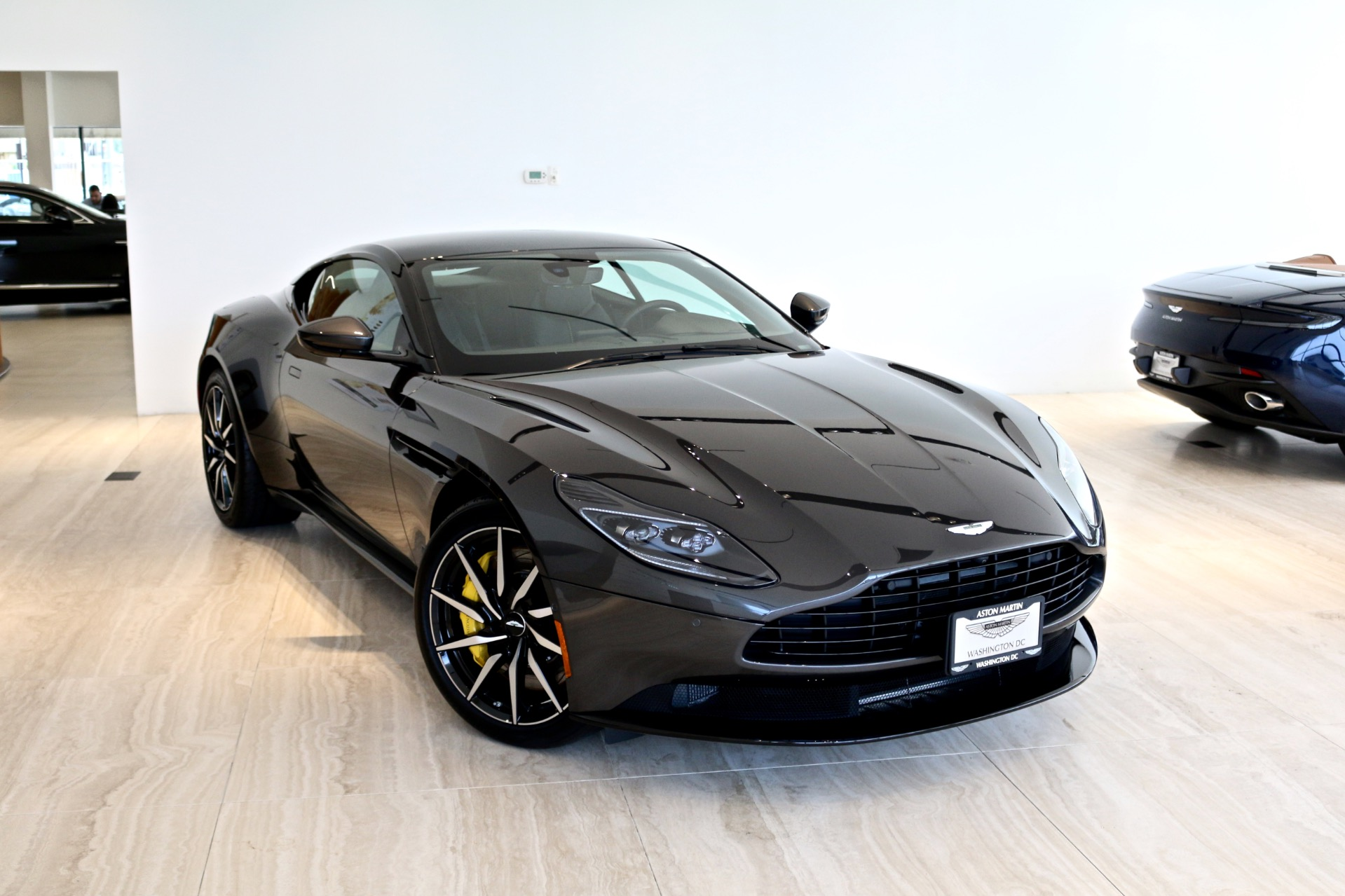 2018 Aston Martin Db11 V8 Stock 8l04039 For Sale Near Vienna Va