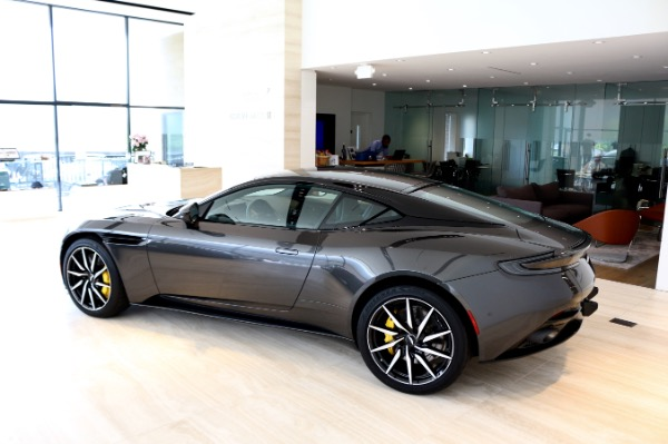 New 2018 Aston Martin DB11 V8 | Vienna, VA