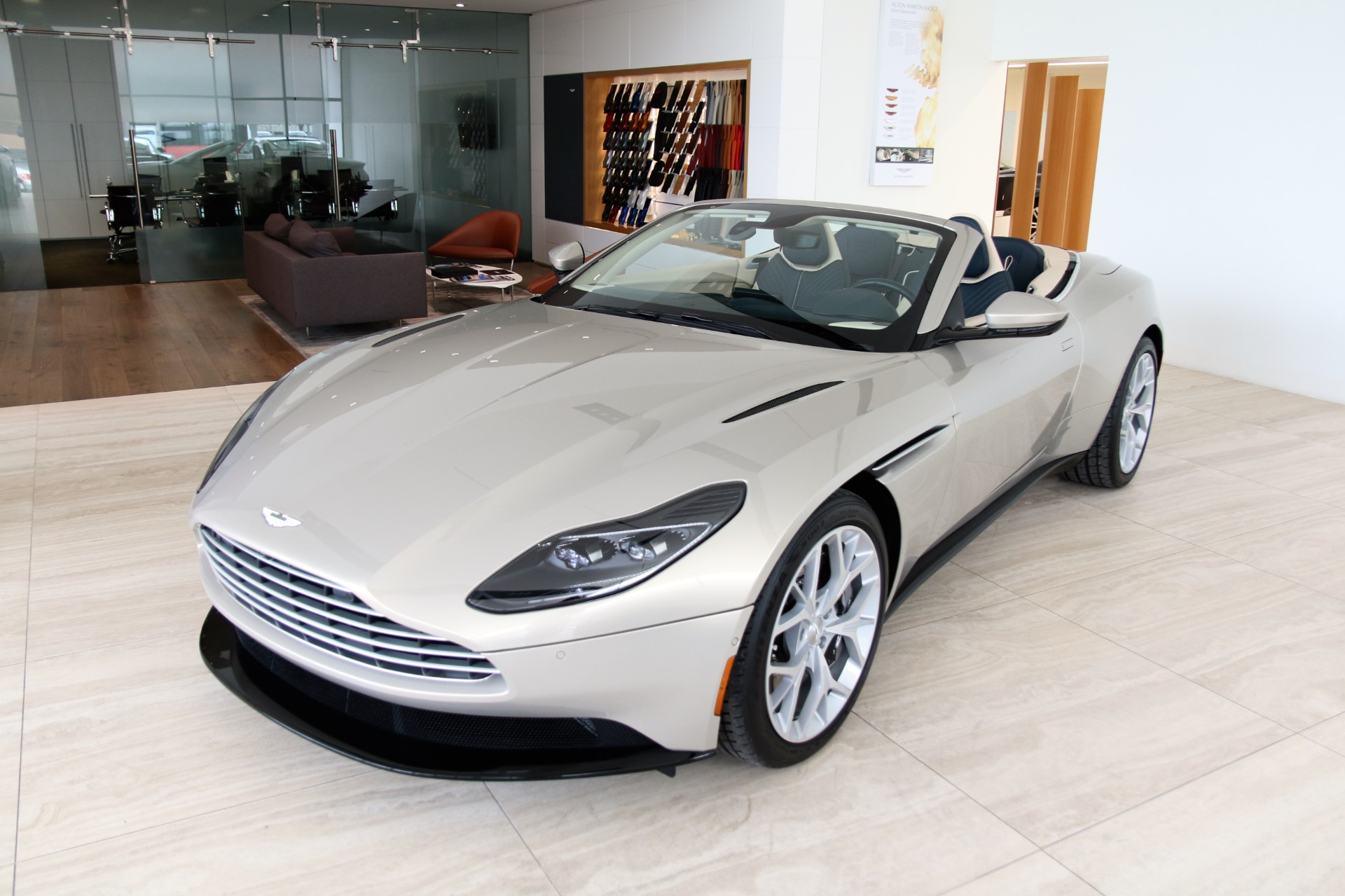 2019 Aston Martin Db11 V8 Volante Call To Order Stock 9nx82136