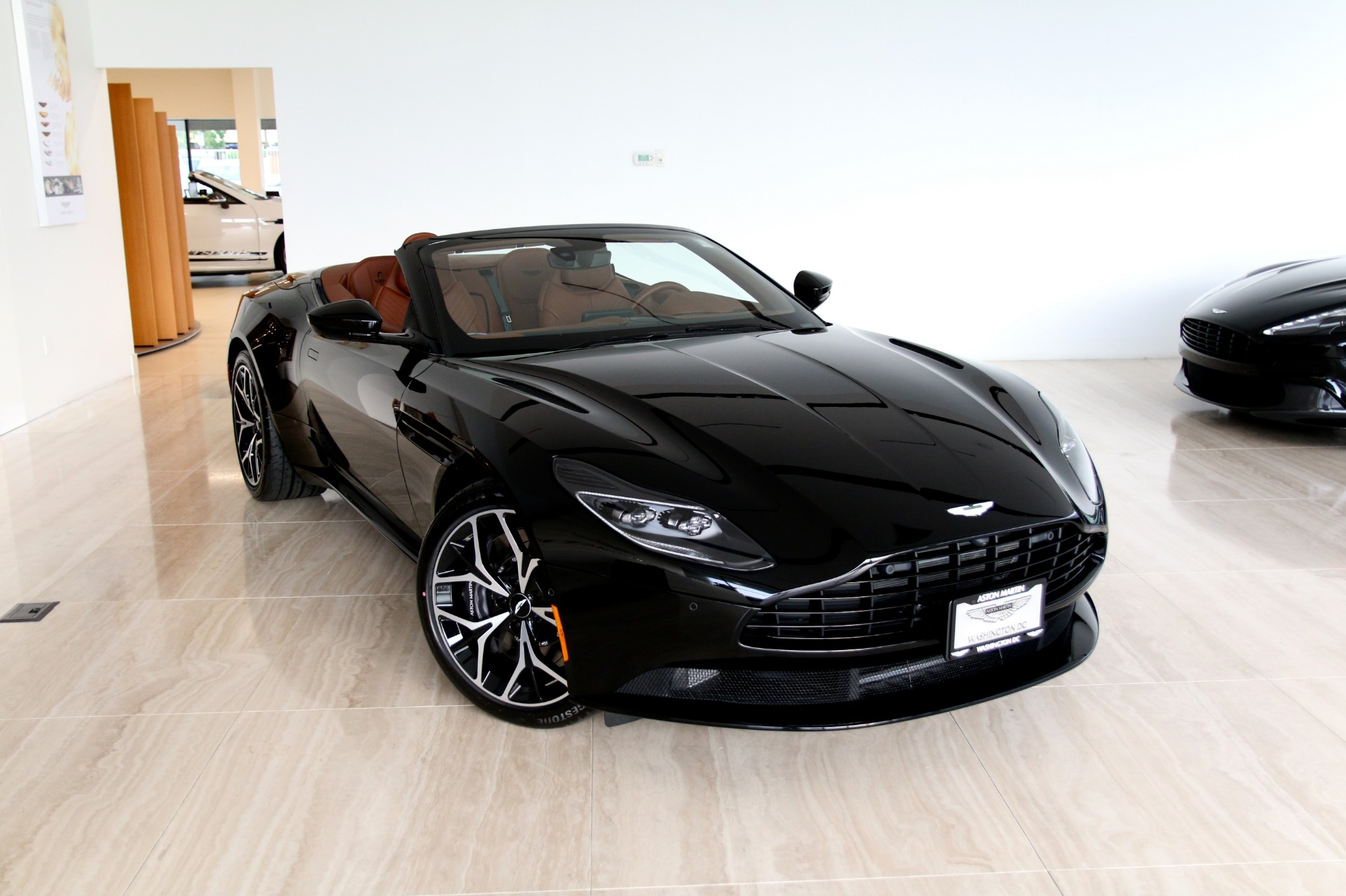 2019 aston martin db11 volante stock # 9nm05654 for sale near vienna