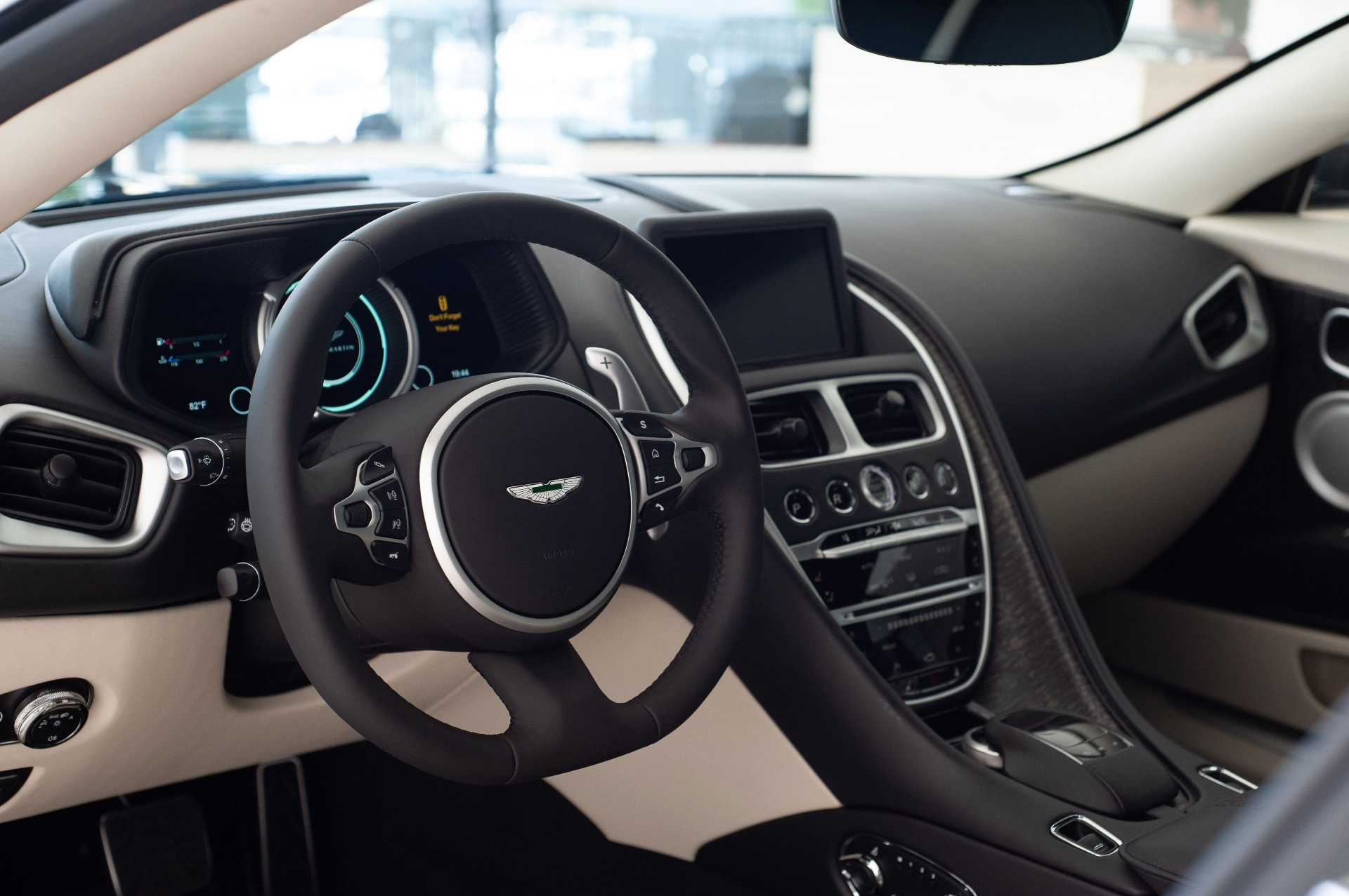 2019 Aston Martin Db11 Volante Stock 9nm06654 For Sale Near Vienna