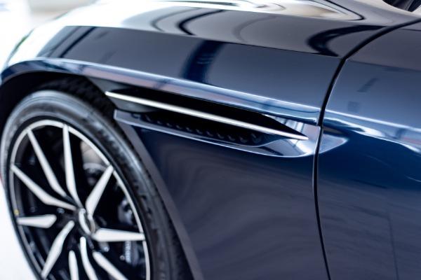 New 2019 Aston Martin DB11 Volante   Vienna, VA