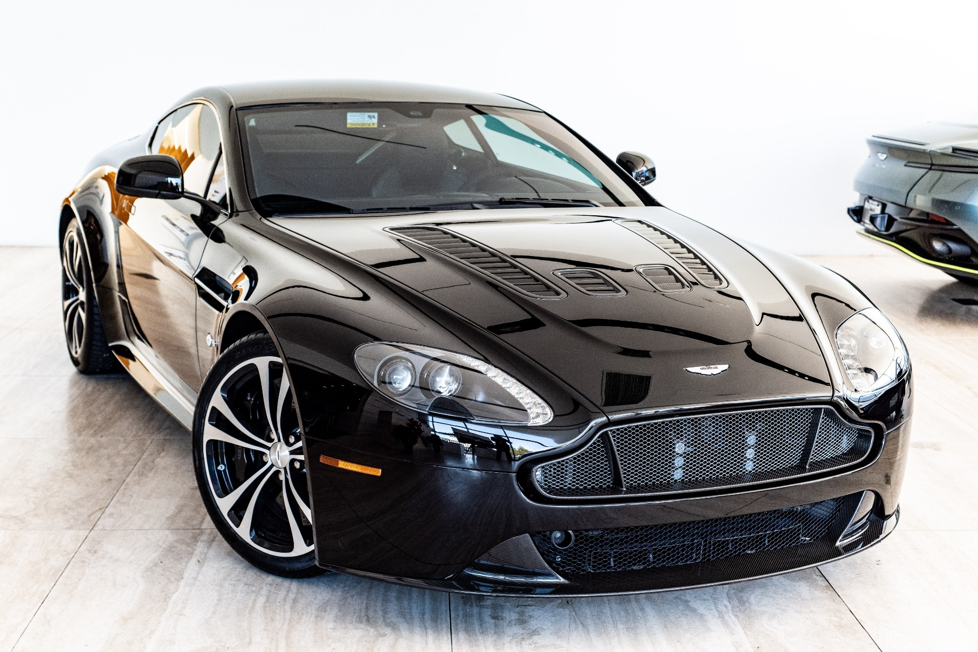 2015 Aston Martin V12 Vantage S Stock Ps01899 For Sale Near Vienna Va Va Aston Martin Dealer For Sale In Vienna Va Ps01899 Exclusive Automotive Group