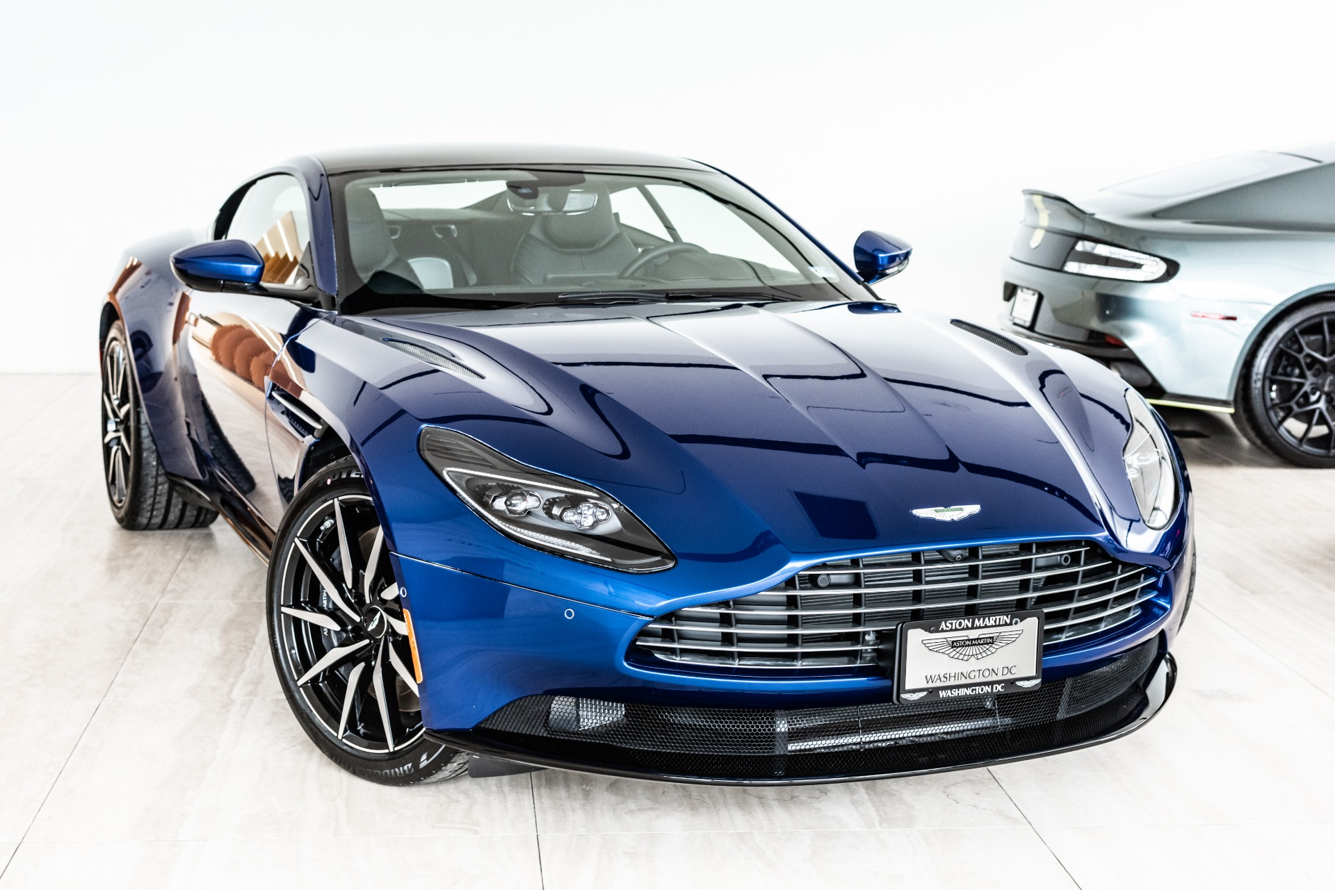 2019 aston martin db11 v8 stock # 9nl07380 for sale near vienna, va