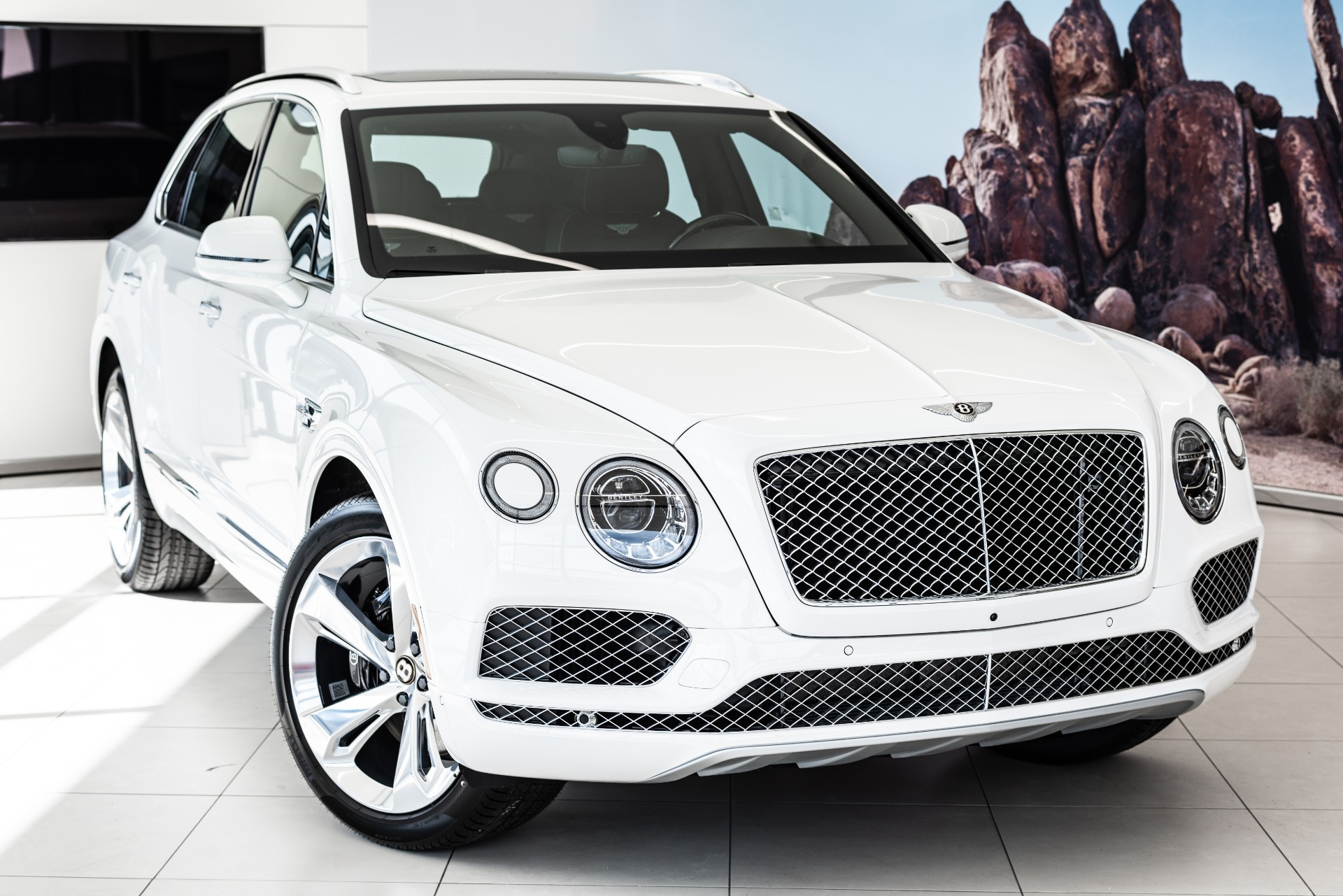 New 2019 Bentley Bentayga V8 | Vienna, VA