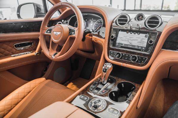 Used 2017 Bentley Bentayga  | Vienna, VA