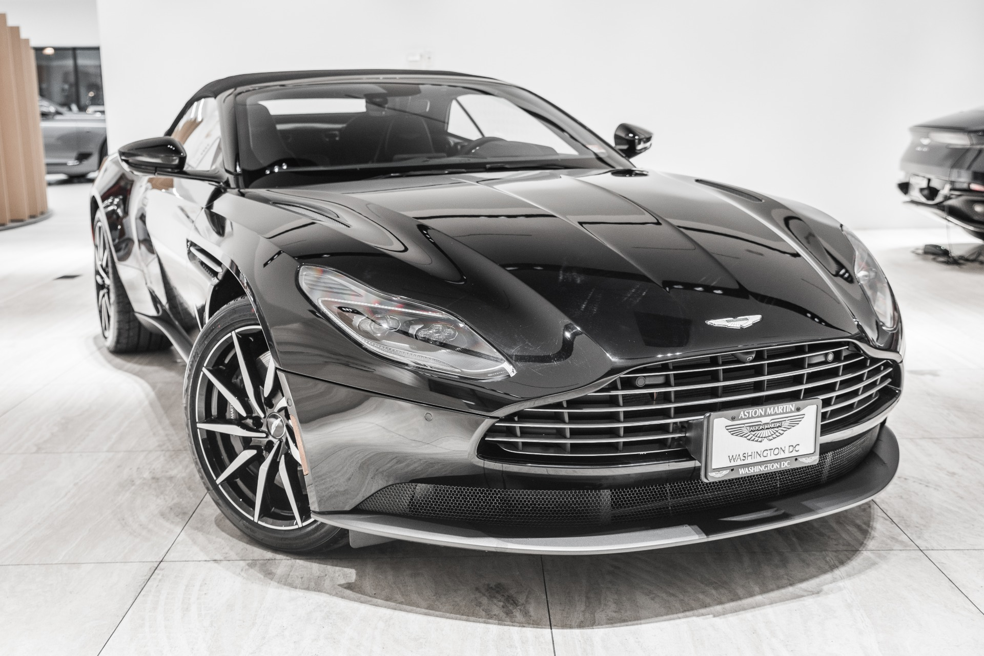 2020 Aston Martin Db11 Volante Stock 20nm08460 For Sale Near Vienna Va Va Aston Martin Dealer For Sale In Vienna Va 20nm08460 Exclusive Automotive Group