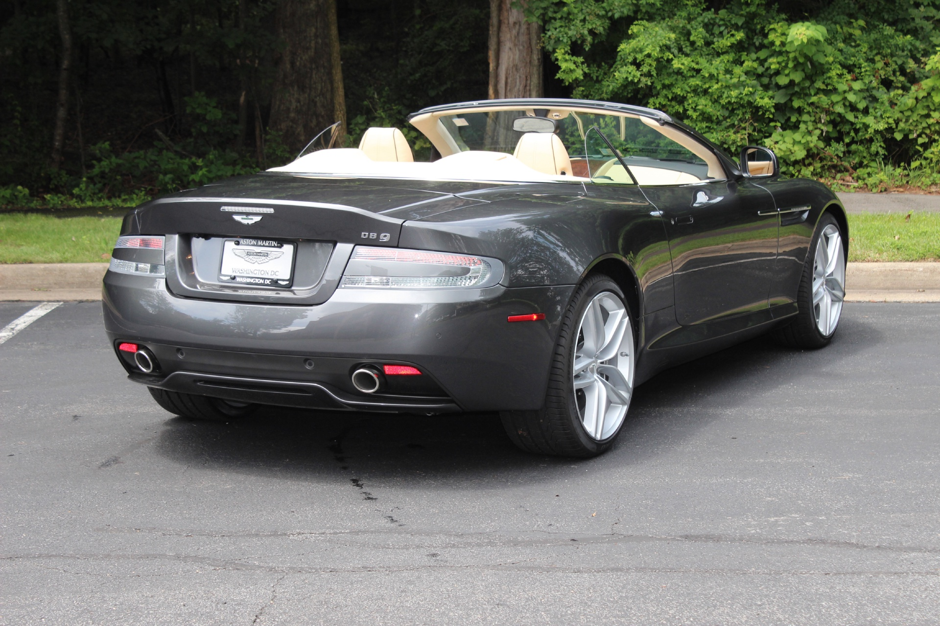 2015 aston martin db9 volante stock 5b16587 for sale near vienna va va aston martin dealer. Black Bedroom Furniture Sets. Home Design Ideas