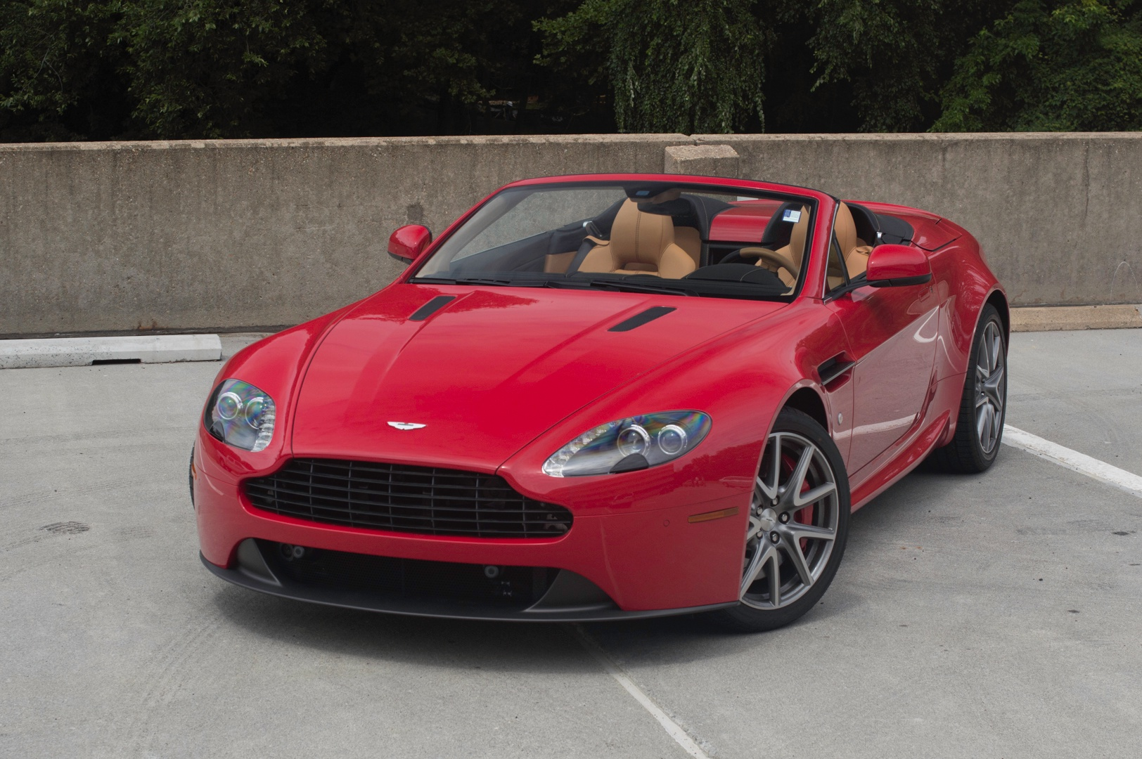 2014 aston martin v8 vantage roadster roadster stock 4nd18220 for sale near vienna va va. Black Bedroom Furniture Sets. Home Design Ideas