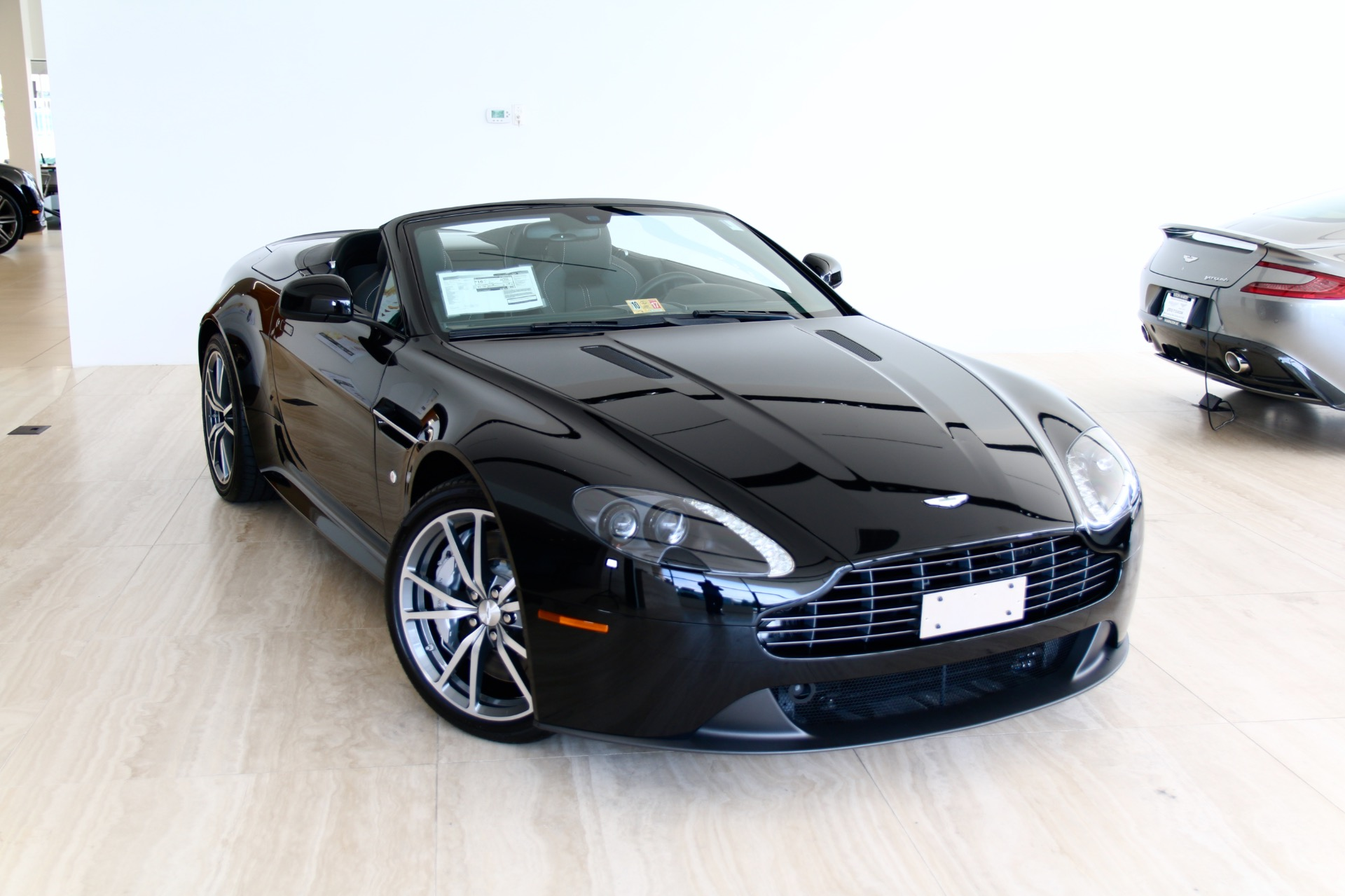 2016 aston martin v8 vantage gt roadster stock 6d20078 for sale near vienna va va aston. Black Bedroom Furniture Sets. Home Design Ideas
