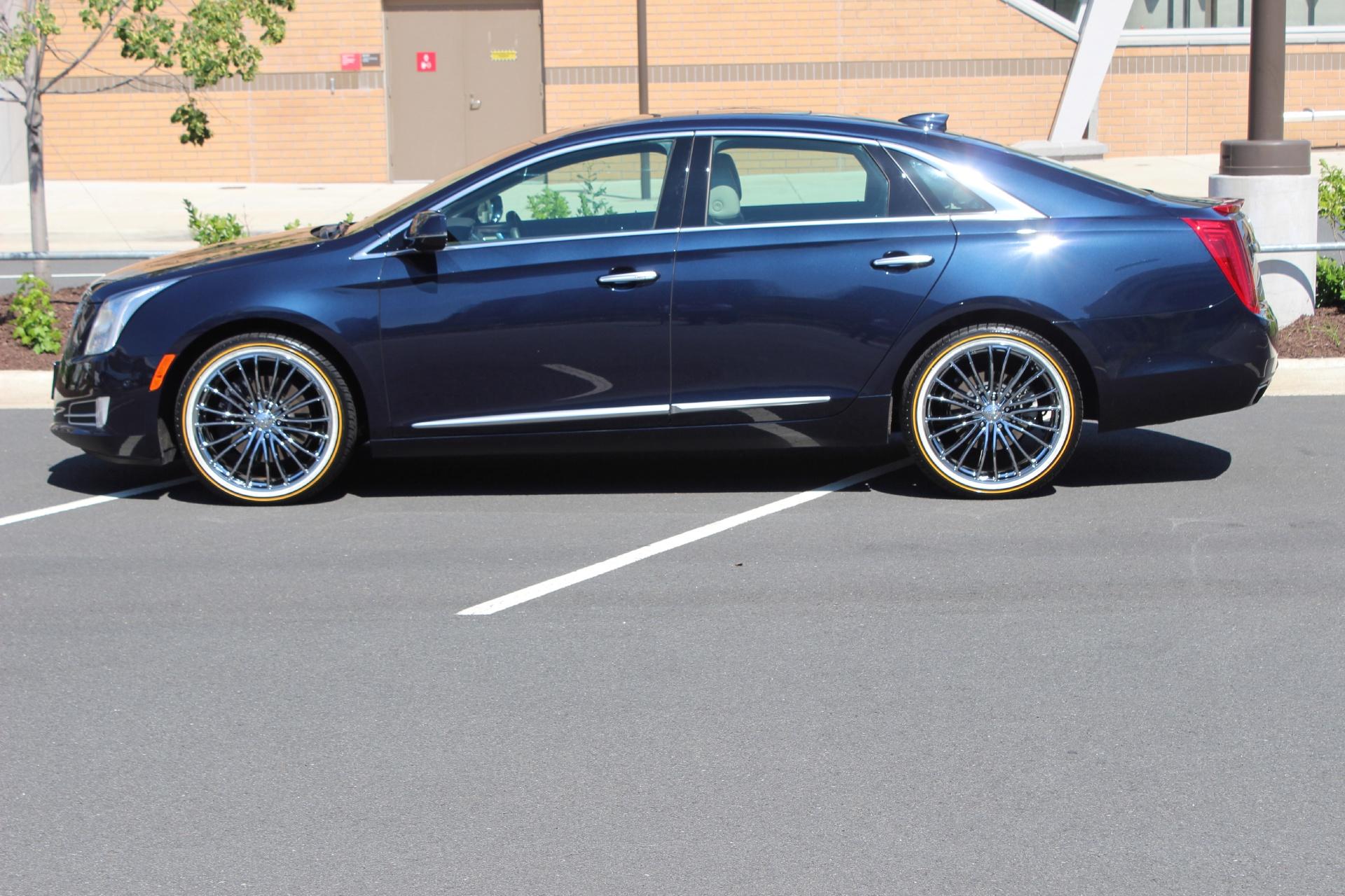 il xts cadillac sale luxury bloomington owner sedan for used