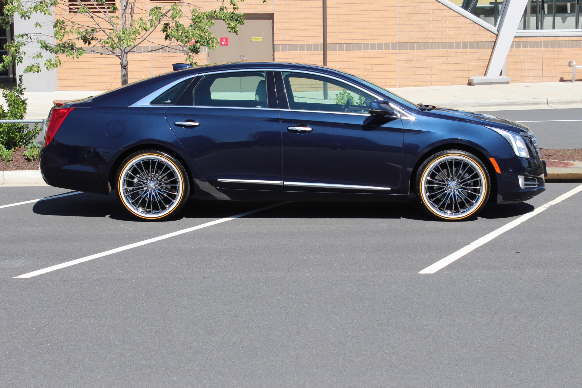 sale cadillac size xts full sedan houston in tx luxury sedans for