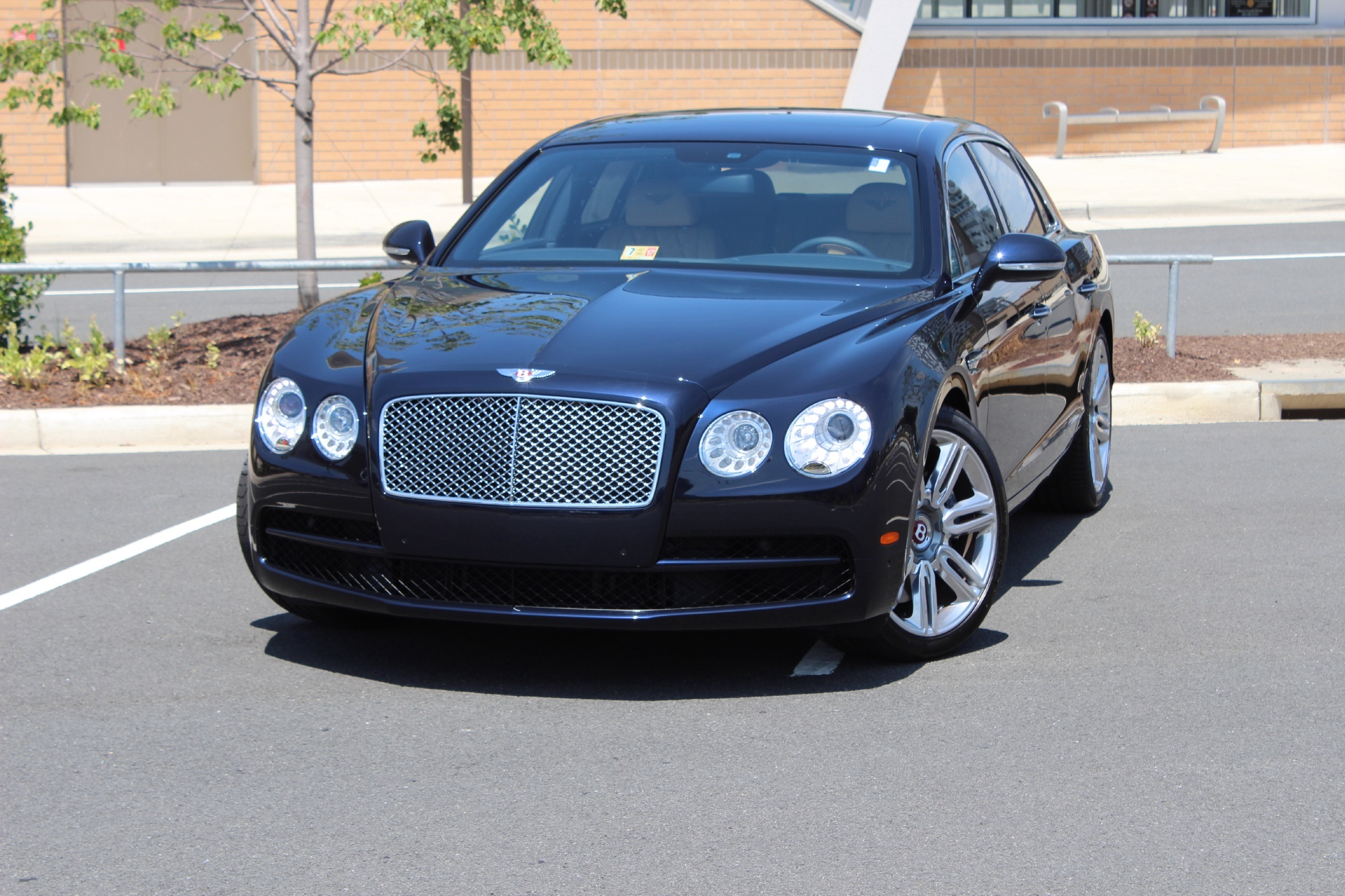 2016 Bentley Flying Spur Stock 6nc055910 For Sale Near Vienna Va Va Bentley Dealer For Sale In Vienna Va 6nc055910 Exclusive Automotive Group