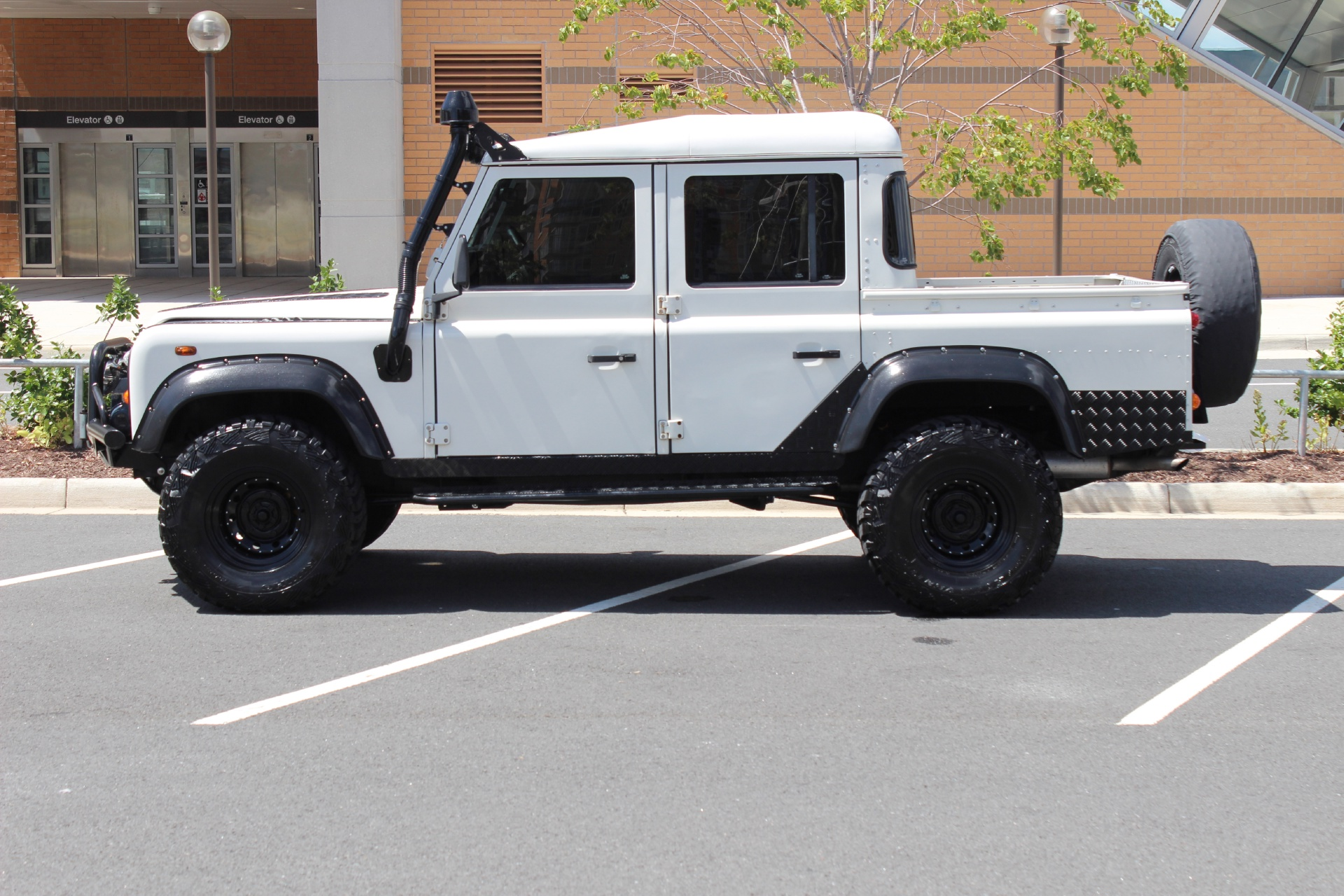 Leesburg Auto Finance >> 1984 Land Rover Defender 110 Quad Cab Turbo Diesel TDI300 Stock # 5W004329A for sale near Vienna ...