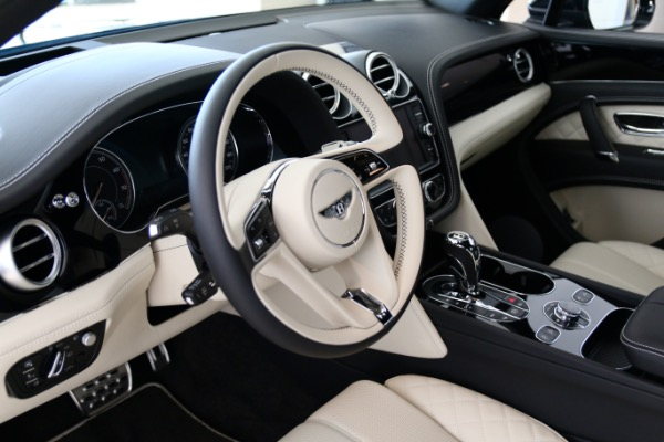 New 2018 BENTLEY BENTAYGA W12 SIGNATURE  | Vienna, VA