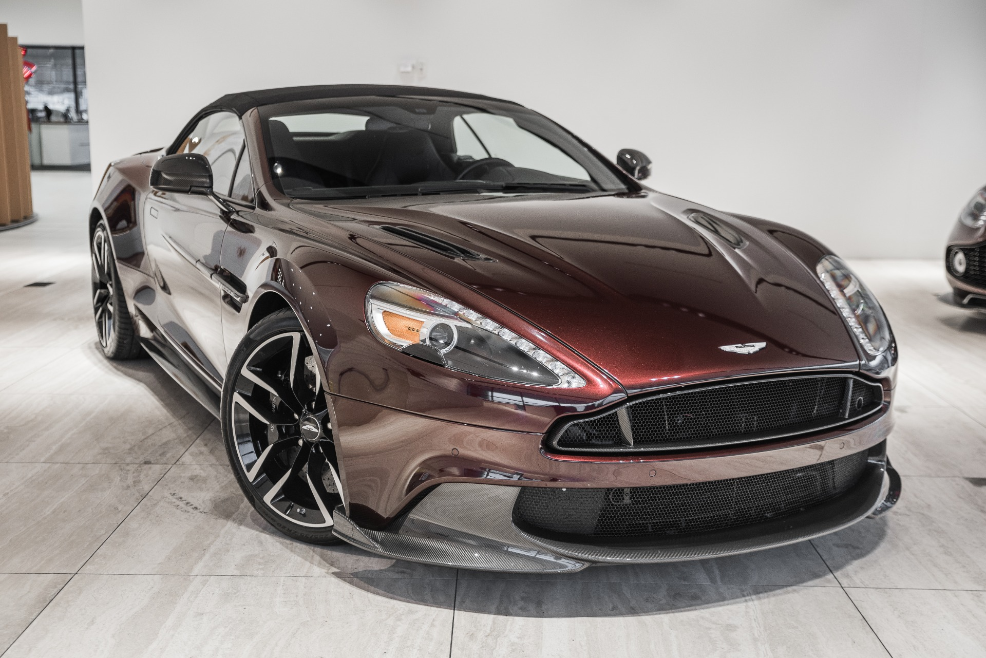 2018 aston martin vanquish volante stock 8nk03742 for sale near vienna va va aston martin. Black Bedroom Furniture Sets. Home Design Ideas