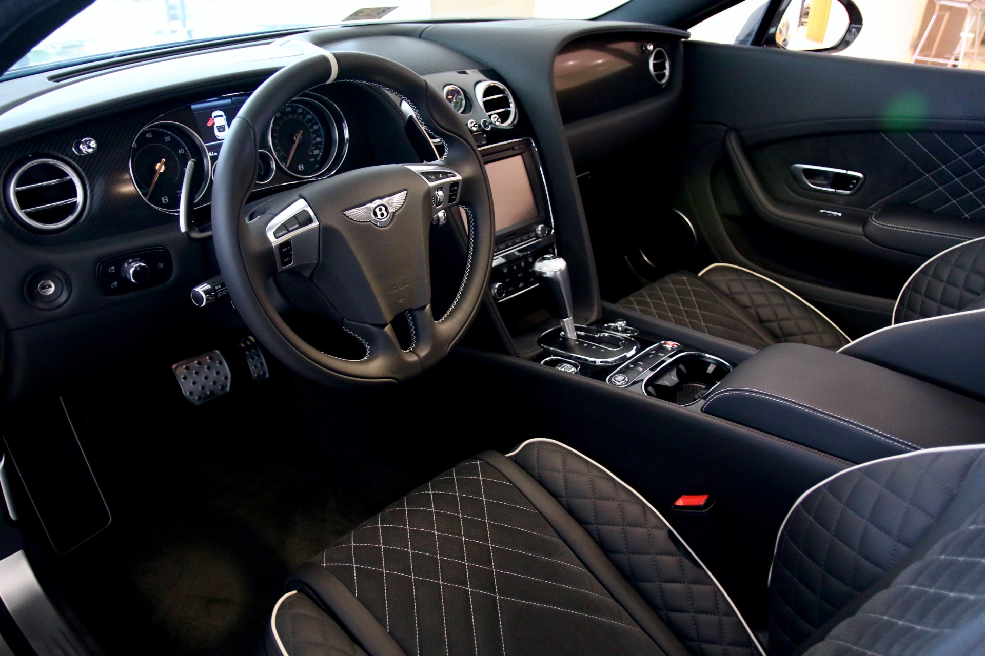 Bentley continental supersports interior